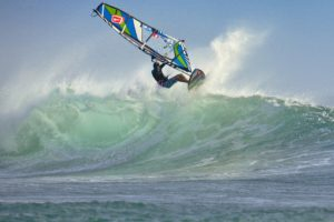 wind-surfing-2146418_1920